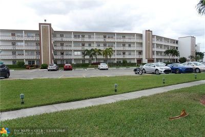 Boca Raton Condo/Townhouse For Sale: 1100 Cornwall #E