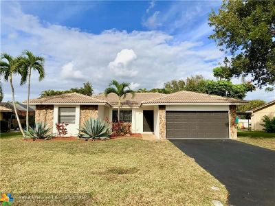 Coral Springs Single Family Home For Sale: 10959 NW 19th St