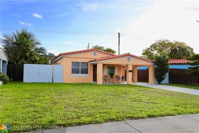North Miami Beach Single Family Home For Sale: 1520 NE 171st St