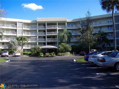 Pompano Beach Condo/Townhouse For Sale: 806 Cypress Grove Ln #302