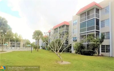 Lauderhill Condo/Townhouse For Sale: 3531 Inverrary Dr #408