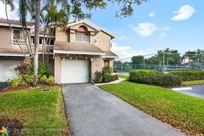 Deerfield Beach Condo/Townhouse For Sale: 1856 Discovery Dr