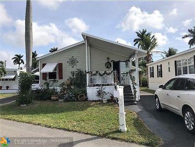 Davie Single Family Home For Sale: 8530 SW 20th Pl