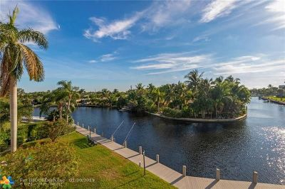 Oakland Park Condo/Townhouse For Sale: 3010 NE 16th Ave #303