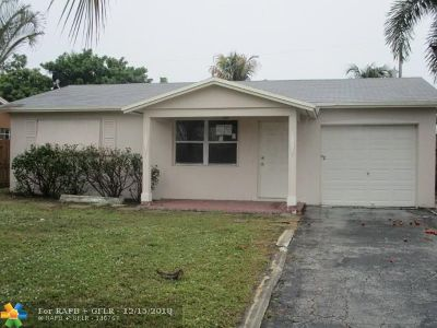Pompano Beach Single Family Home For Sale: 3761 NE 12th Te