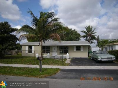 Lauderhill Single Family Home For Sale: 1821 NW 33rd Way