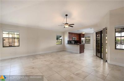 Boca Raton Condo/Townhouse For Sale: 6666 Montego Bay Blvd #B