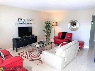 Deerfield Beach Condo/Townhouse For Sale: 4028 Farnham O #4028