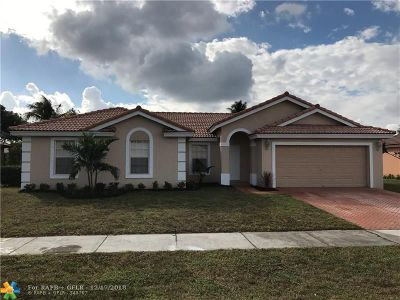 Lauderhill Single Family Home For Sale: 5300 NW 22nd Ct