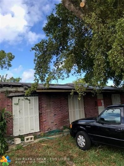 Miami Single Family Home For Sale: 10461 SW 164th St