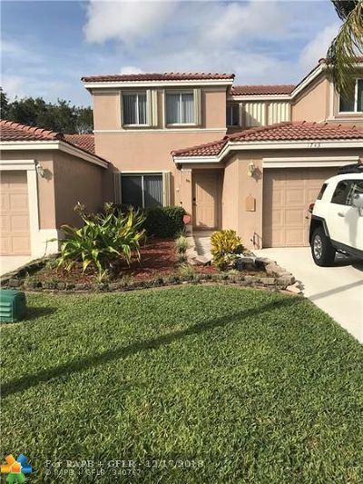 Davie FL Condo/Townhouse For Sale: $332,000