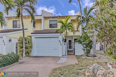 Lauderdale By The Sea Condo/Townhouse For Sale: 4515 Poinciana St