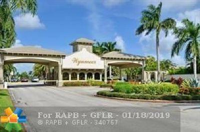 Coconut Creek Condo/Townhouse For Sale: 3302 Aruba Way #J1