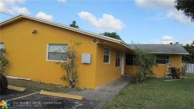 Lauderhill Multi Family Home For Sale: 5201 NW 17 St