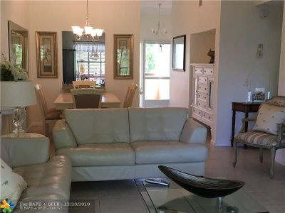 Deerfield Beach Condo/Townhouse For Sale: 2273 SW 15th St #158