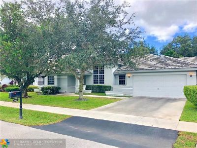 Davie Single Family Home For Sale: 2803 W Orchard Cir