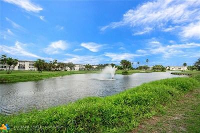 Coconut Creek Condo/Townhouse For Sale: 2303 Lucaya Ln #A3
