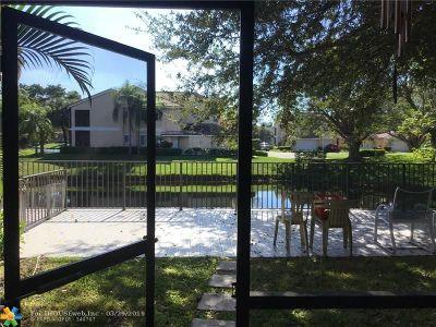 Boca Raton Condo/Townhouse For Sale: 23032 Island Vw #D