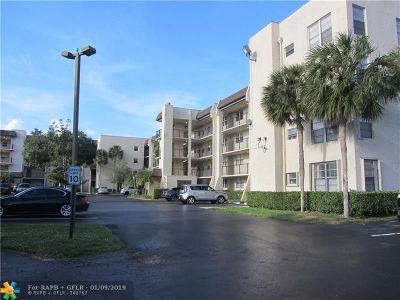 Davie Condo/Townhouse For Sale: 9311 Orange Grove Dr #107