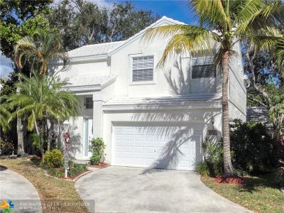 Plantation Single Family Home For Sale: 9520 NW 8th Cir