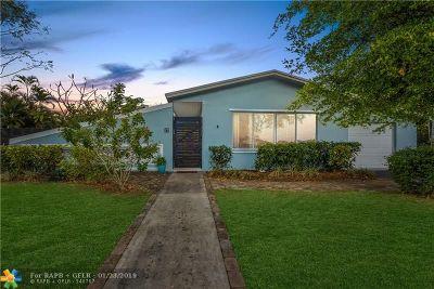 Plantation Single Family Home For Sale: 17 Redwood Cir