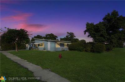 Boynton Beach Single Family Home Backup Contract-Call LA: 624 S Seacrest Blvd