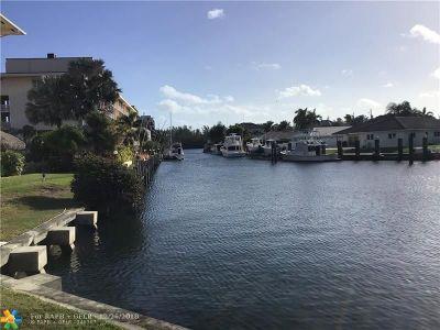 Boca Raton Condo/Townhouse For Sale: 698 NE Spanish River Blvd #15