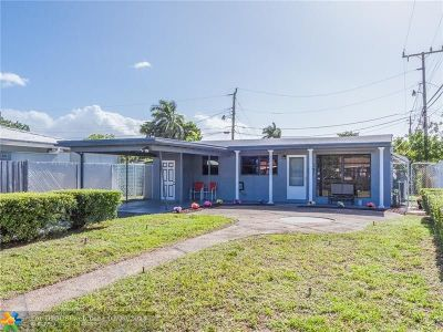 Oakland Park Single Family Home For Sale: 30 NE 47th St