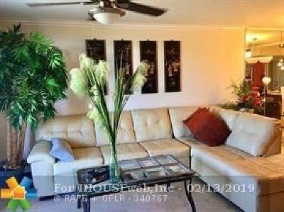 Boca Raton Condo/Townhouse For Sale: 5500 NW 2nd Avenue #319