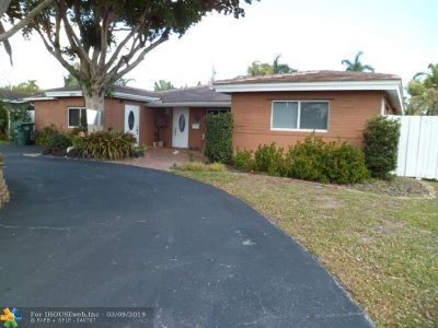 Oakland Park Single Family Home For Sale: 4070 NE 15th Ave