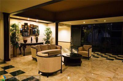 Boca Raton Condo/Townhouse For Sale: 899 Jeffery St #110