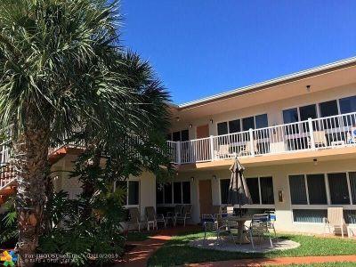 Pompano Beach Condo/Townhouse For Sale: 3225 NE 16th St #20 A