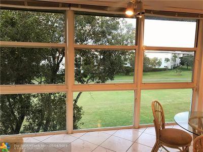 Coconut Creek Condo/Townhouse For Sale: 3306 Aruba Way #D-4