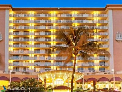 Sunny Isles Beach Condo/Townhouse For Sale: 19201 Collins Ave #339