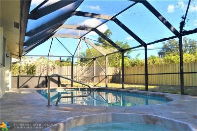 Deerfield Beach Single Family Home For Sale: 1492 SW 24th Ter