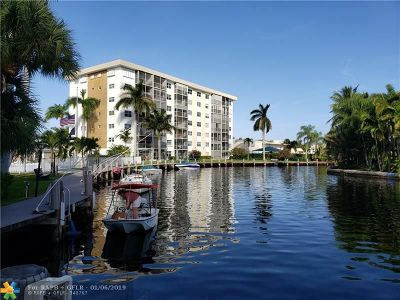 Oakland Park Condo/Townhouse For Sale: 2970 NE 16th Ave #202