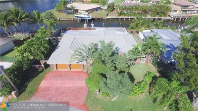 Pompano Beach Single Family Home For Sale: 1911 Waters Edge