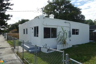 Miami Single Family Home For Sale: 6330 NW 22nd Ct