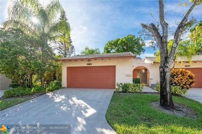 Lauderhill Single Family Home For Sale: 5518 Dogwood Way