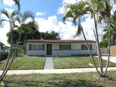 Deerfield Beach Single Family Home For Sale: 1461 SW 7th Ter