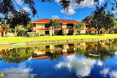 Coconut Creek Condo/Townhouse For Sale: 2785 Carambola Cir #1957