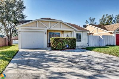 Boca Raton Single Family Home For Sale: 22917 Sandalfoot Blvd