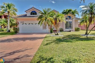 Coral Springs Single Family Home For Sale: 11842 Highland Pl