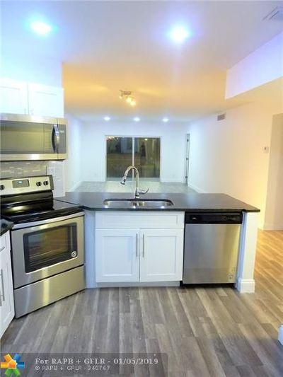 Lauderhill Condo/Townhouse For Sale: 6361 N Falls Circle Dr #310