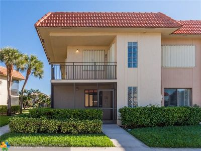 Weston Condo/Townhouse Backup Contract-Call LA: 374 Lakeview Dr #101