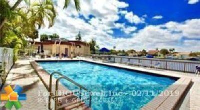 Hallandale Condo/Townhouse For Sale: 851 Three Islands Blvd #316