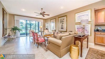 Boca Raton Condo/Townhouse For Sale: 22799 Trelawny Terrrace A #A