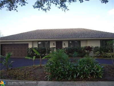 Plantation Single Family Home For Sale: 7101 NW 10th Ct