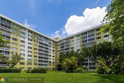 Hollywood Condo/Townhouse For Sale: 4400 Hillcrest Dr #800B