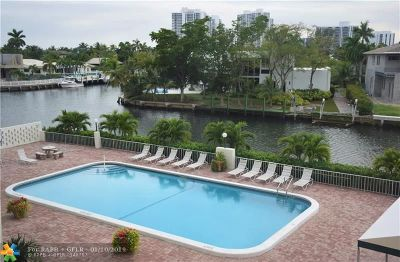 Hallandale Condo/Townhouse For Sale: 401 Golden Isles Dr #313